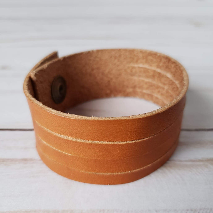 Hild statement leather bracelet - tan
