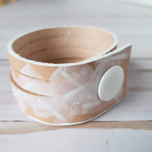 Hild statement leather bracelet - white splash
