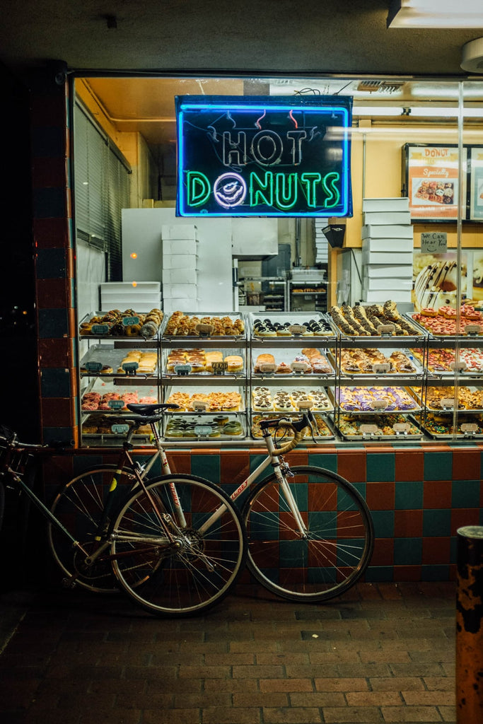 road-bikes-in-front-of-donut-shop