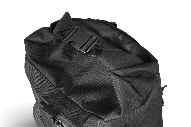 Commuter-duffle-bag-space-black-drybag-rolltop
