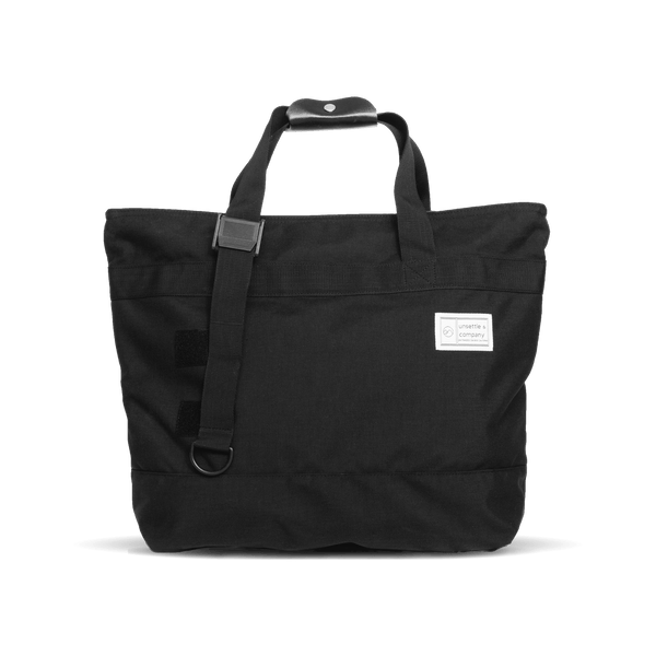 commuter-mens-tote-bag-in-black-short-straps