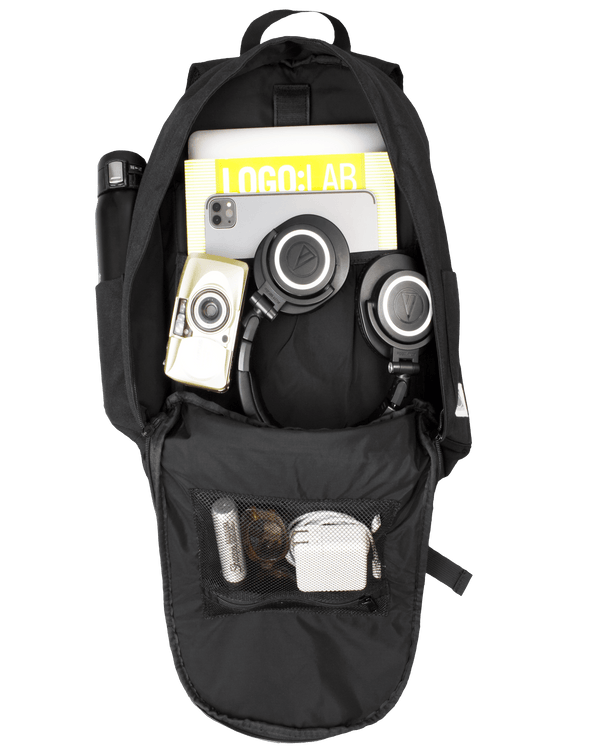 Classic Daypack | Space Black