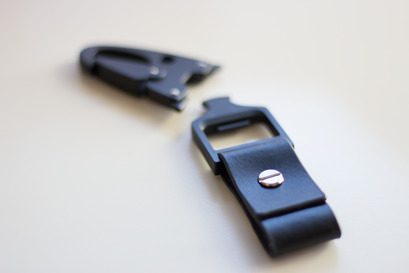 Matte Black Unclip Keychain | Leather