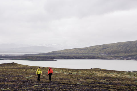 Aissa and Jukka hiking in Iceland