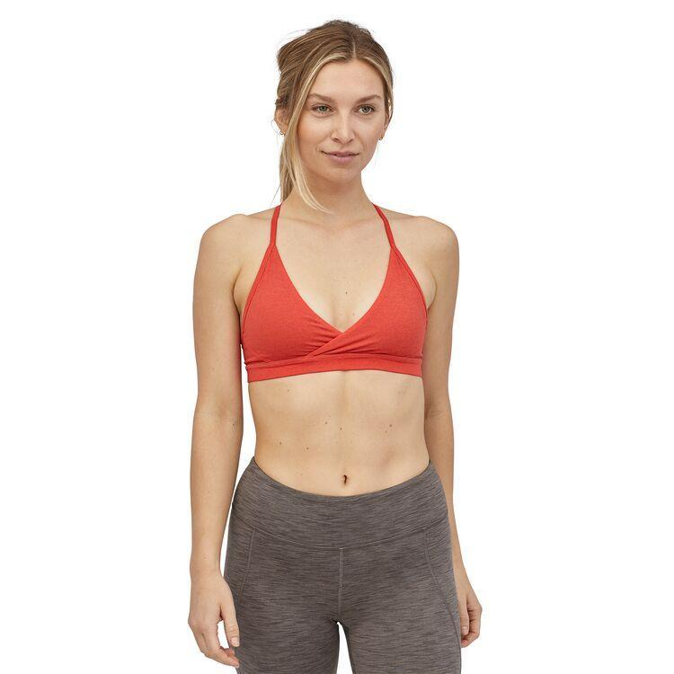 Patagonia - W's Cross Beta Sports Bra - Recycled Polyester - Weekendbee - sustainable sportswear