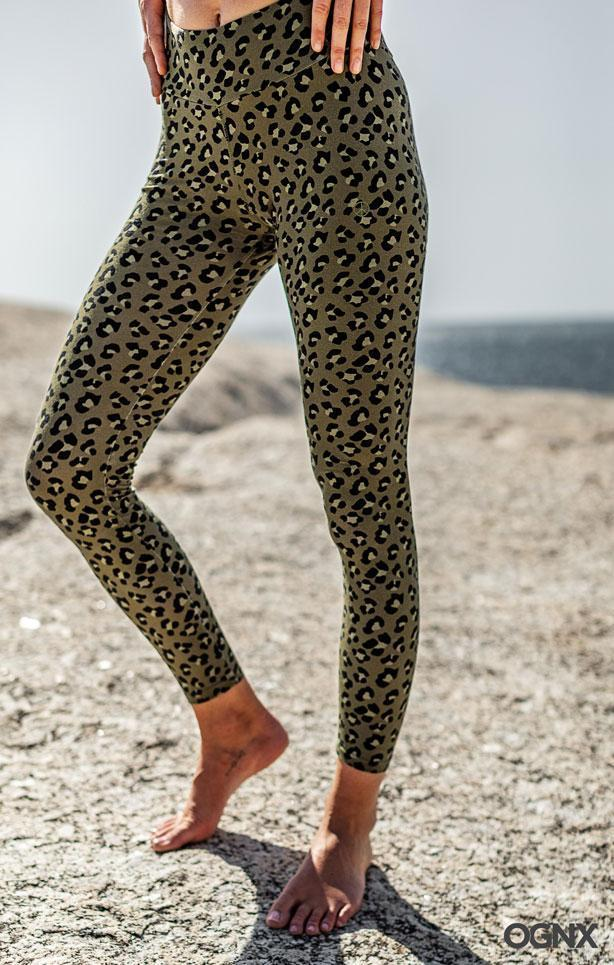 OGNX - Leggings Leo Olive - Organic Cotton - Weekendbee - sustainable sportswear
