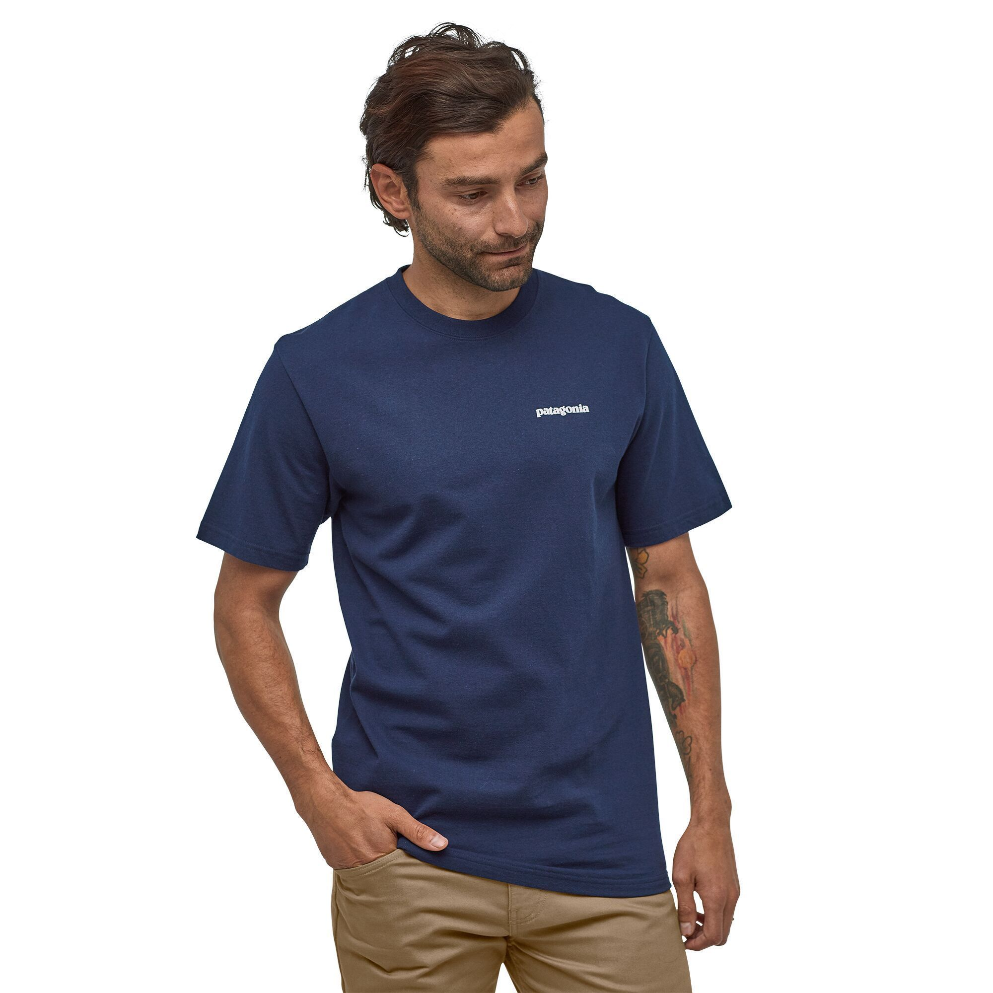 Patagonia - M's P-6 Logo Responsibili-Tee® - Recycled cotton - Weekendbee - sustainable sportswear