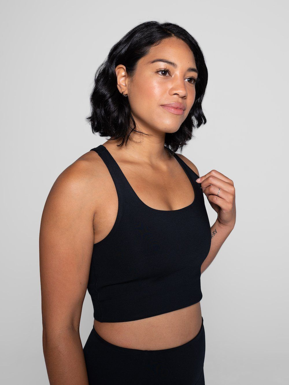 Girlfriend Collective - Paloma Classic Sports Bra - Made from recycled plastic bottles - Weekendbee - sustainable sportswear