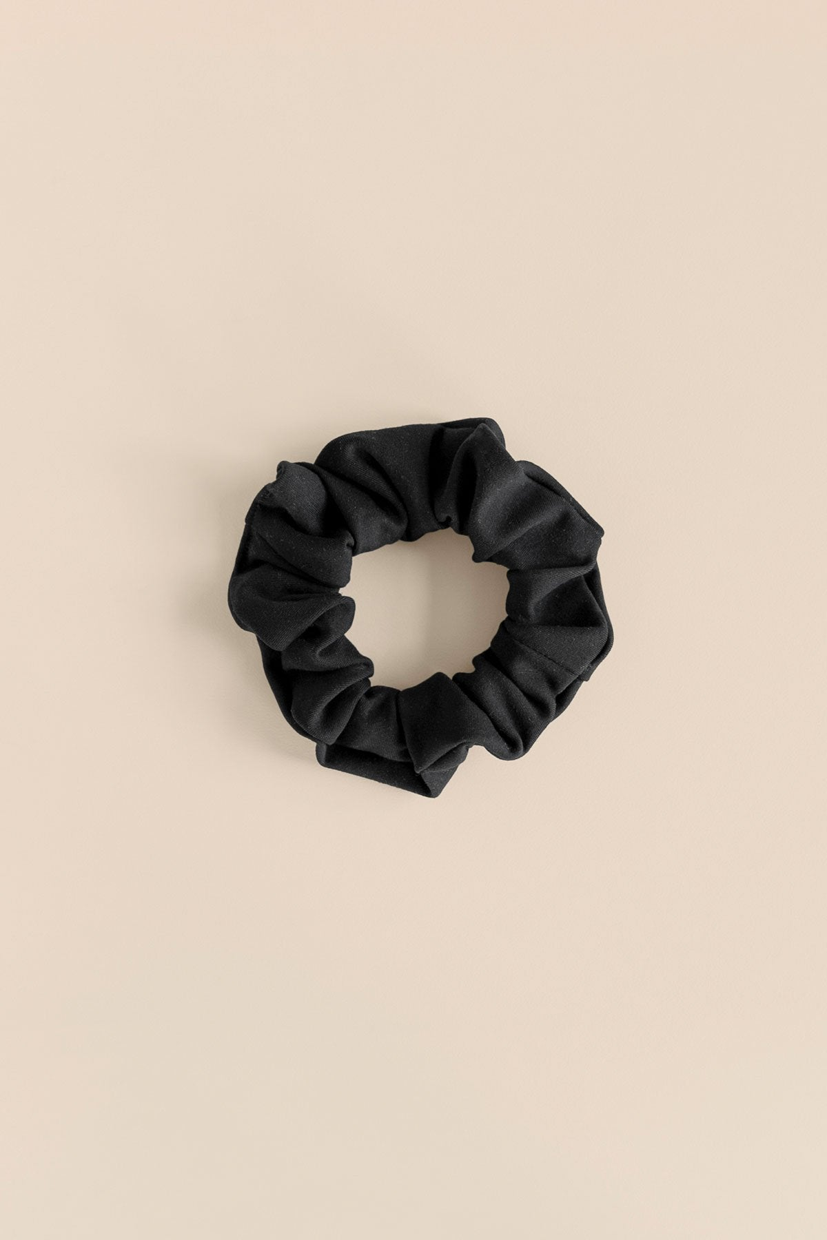 Girlfriend Collective - The Scrunchie - Made from Recycled Water Bottles - Weekendbee - sustainable sportswear
