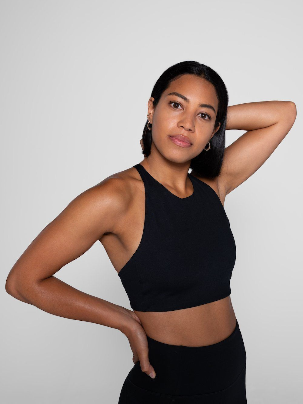 Girlfriend Collective - Topanga sports Bra - Made from recycled plastic bottles - Weekendbee - sustainable sportswear