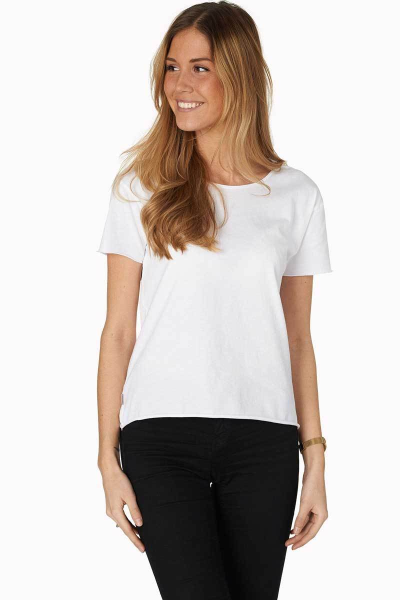 Varg - Varg T-shirt - White - 100% Organic cotton - Weekendbee - sustainable sportswear
