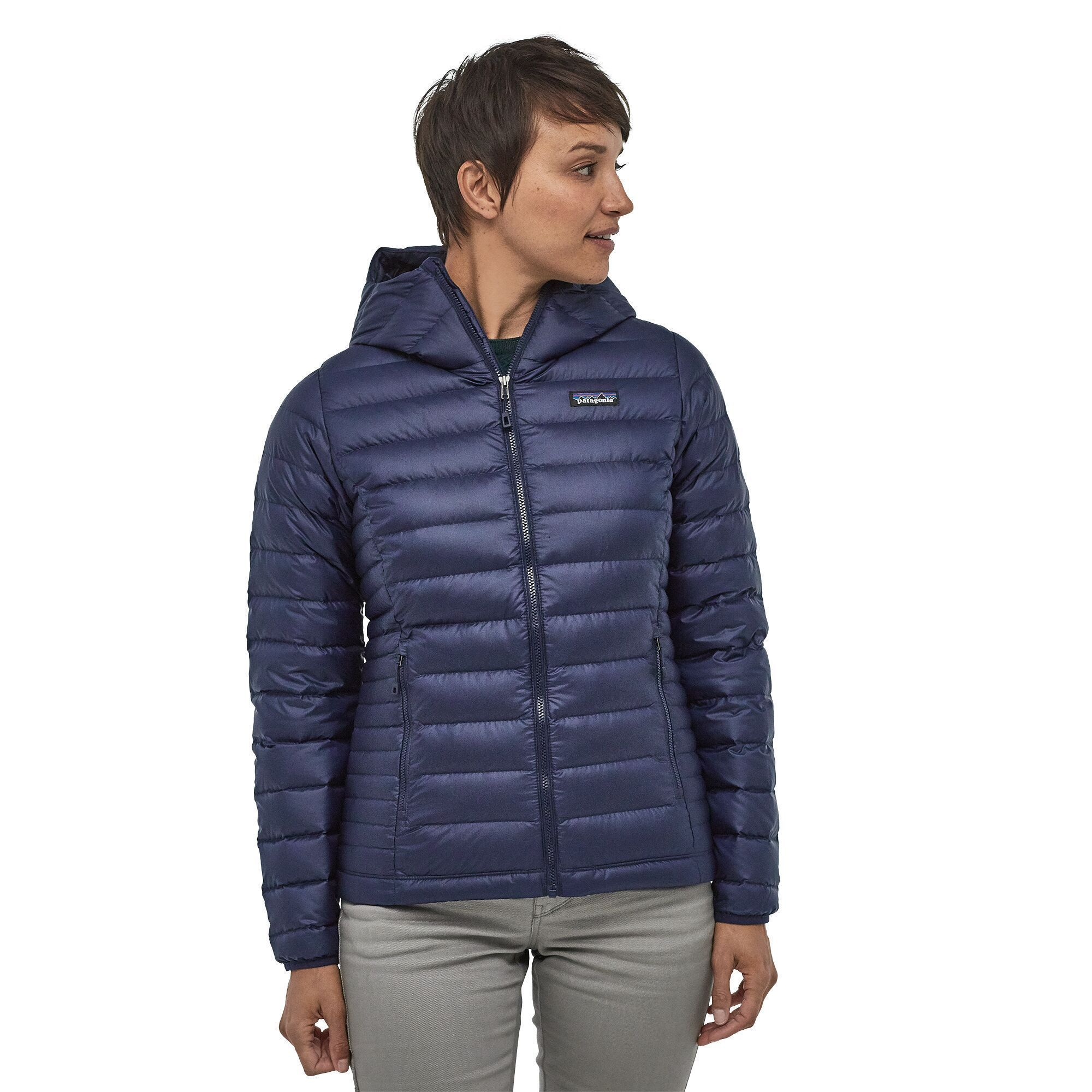 Patagonia - W's Down Sweater Hoody - Ethical and Sustainable Certified Down - Weekendbee - sustainable sportswear
