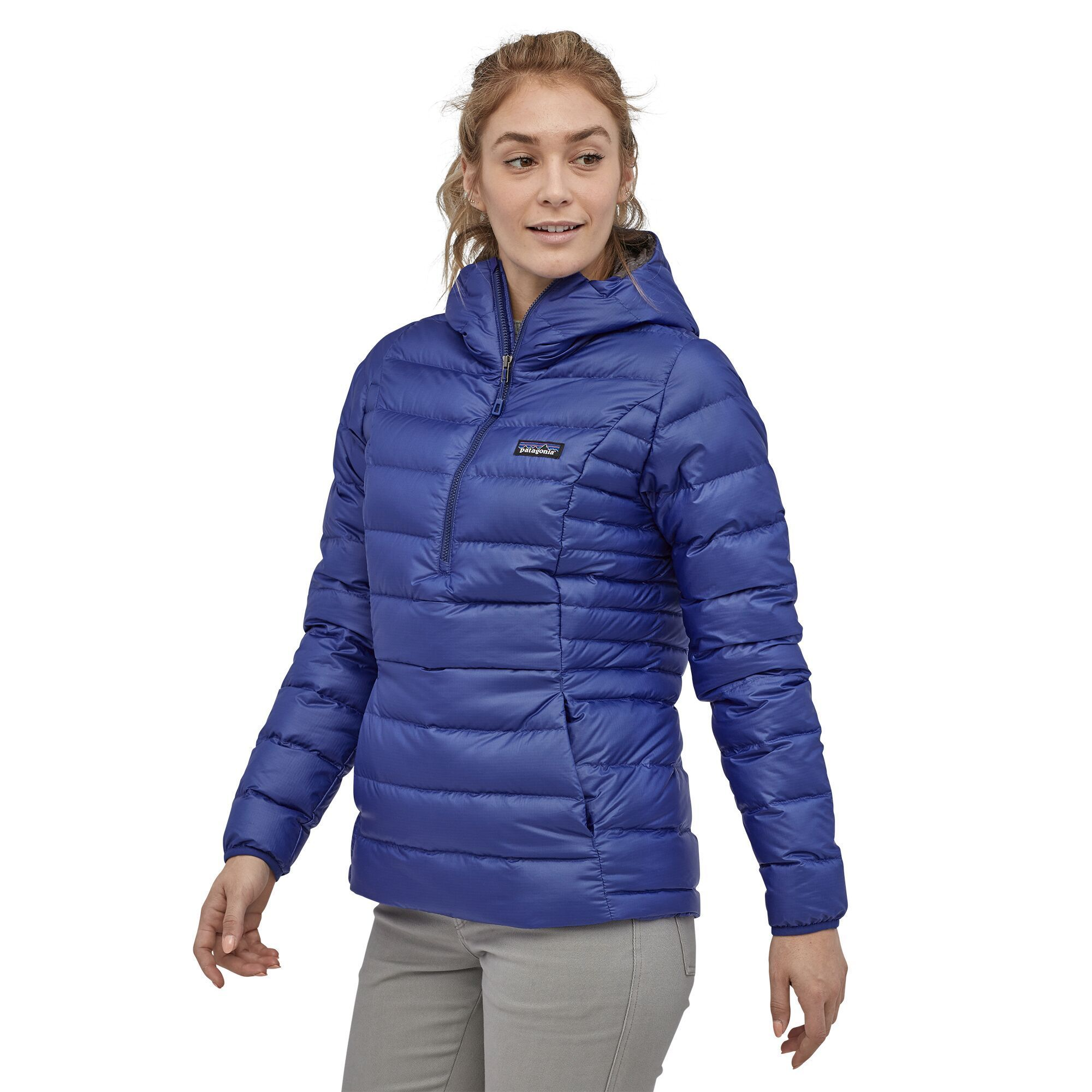 Patagonia - W's Down Sweater Hoody Pullover - Ethical Down - Weekendbee - sustainable sportswear