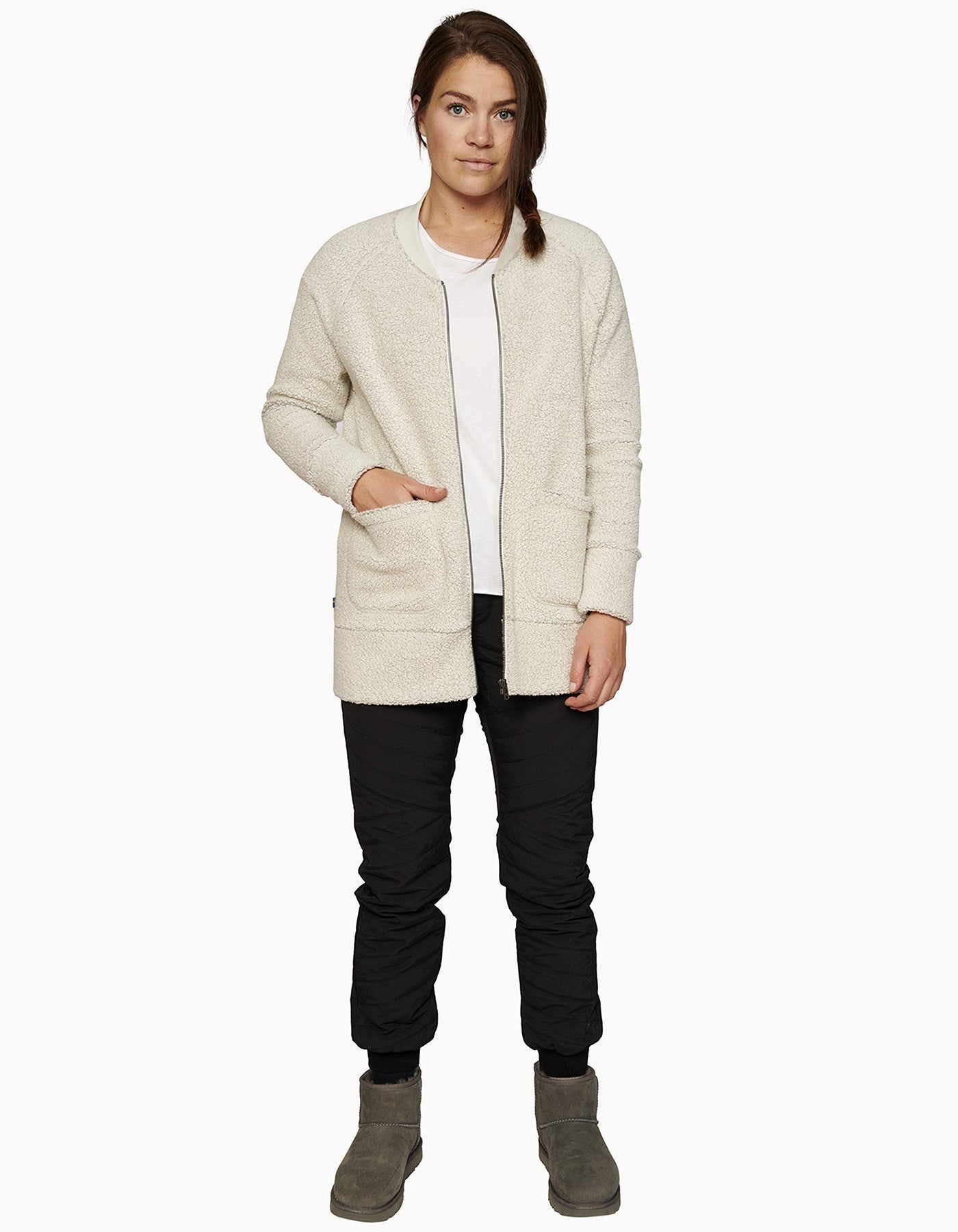Varg - W's Gudhjem Wool Cardigan - Off White - Recycled Wool - Weekendbee - sustainable sportswear