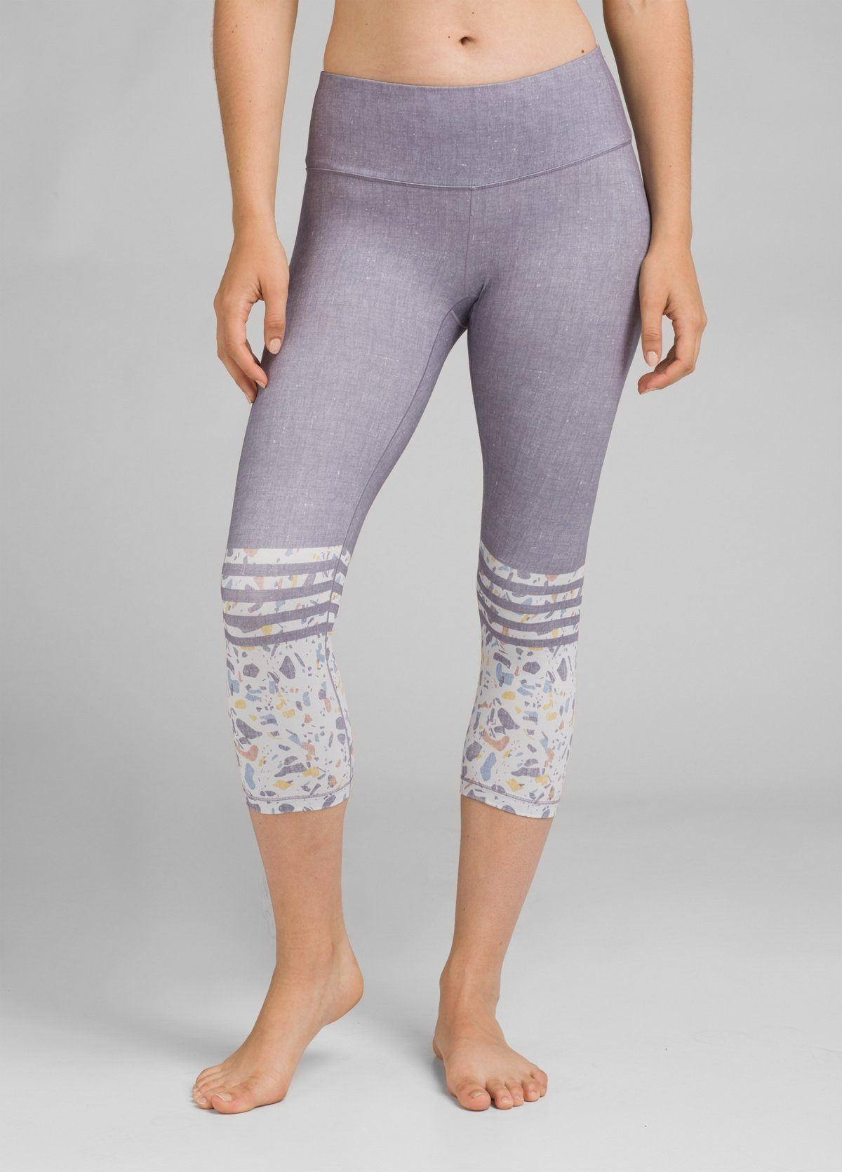 PrAna - W's Pillar Printed Capri - Recycled Polyester - Weekendbee - sustainable sportswear