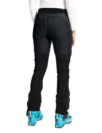 Vaude - Women's Sesvenna Shorts II - Black - Eco-Friendly Materials - Weekendbee - sustainable sportswear
