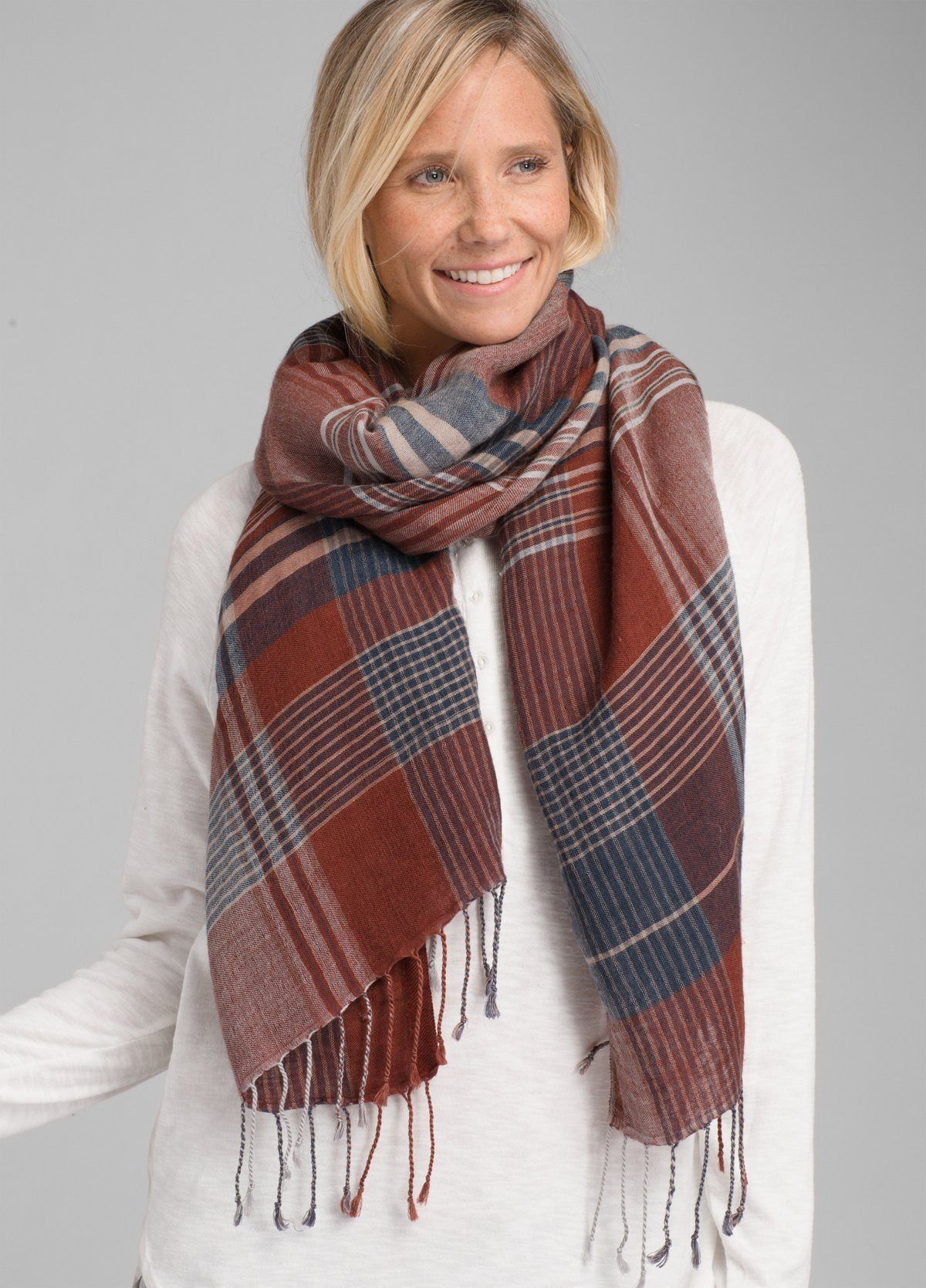 PrAna - W's Skylan Scarf - Wool & TENCEL™ Modal - Weekendbee - sustainable sportswear
