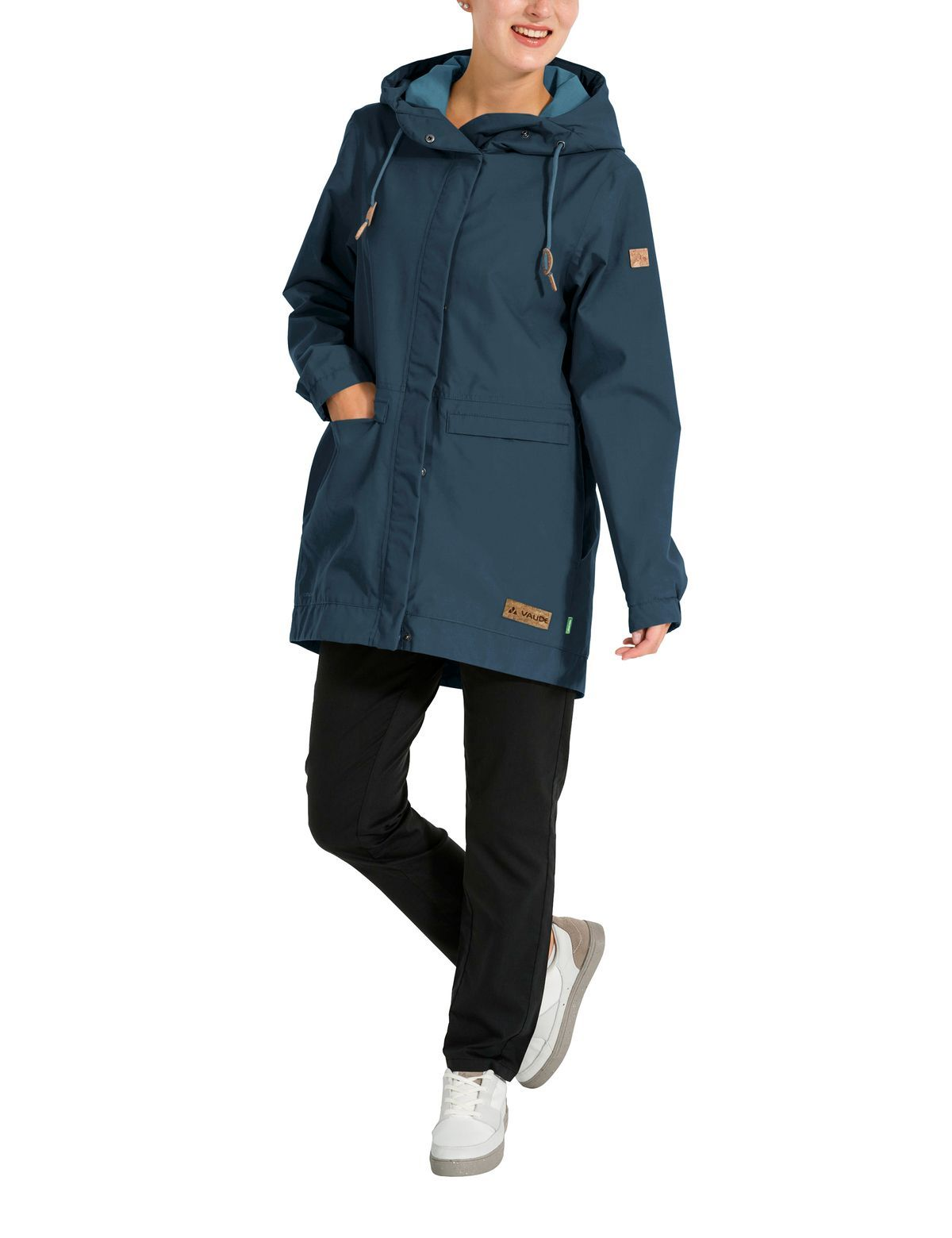 Vaude - W's Redmont Parka - Eco-friendly manufacturing - Weekendbee - sustainable sportswear