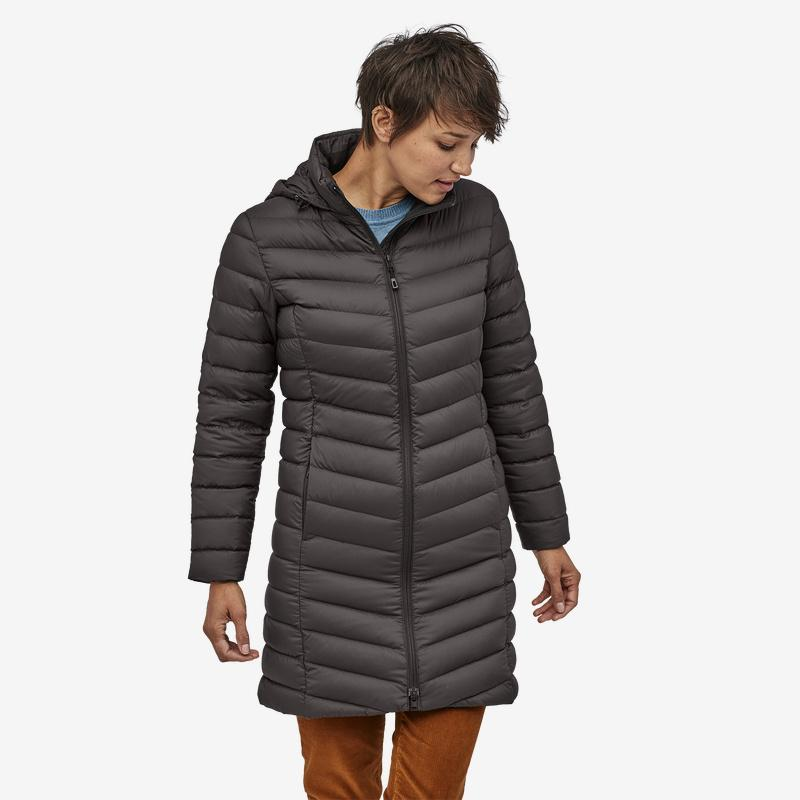 Patagonia - W's Silent Down Parka - Weekendbee - sustainable sportswear