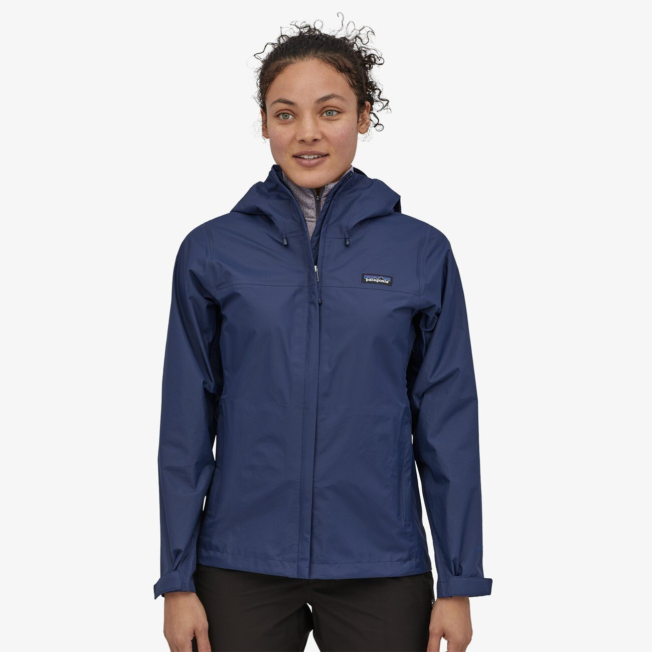 Patagonia - W's Torrentshell 3L Jacket - 100% Recycled Nylon - Weekendbee - sustainable sportswear