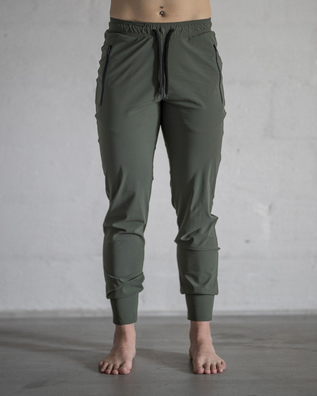 Népra - Yed Joggers - Army - Training Pants - Weekendbee - sustainable sportswear