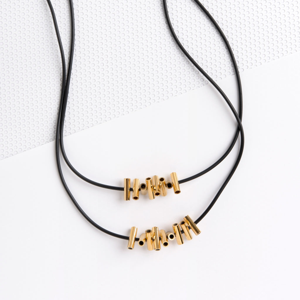 CRISS CROSS DOUBLE GOLD NECKLACE