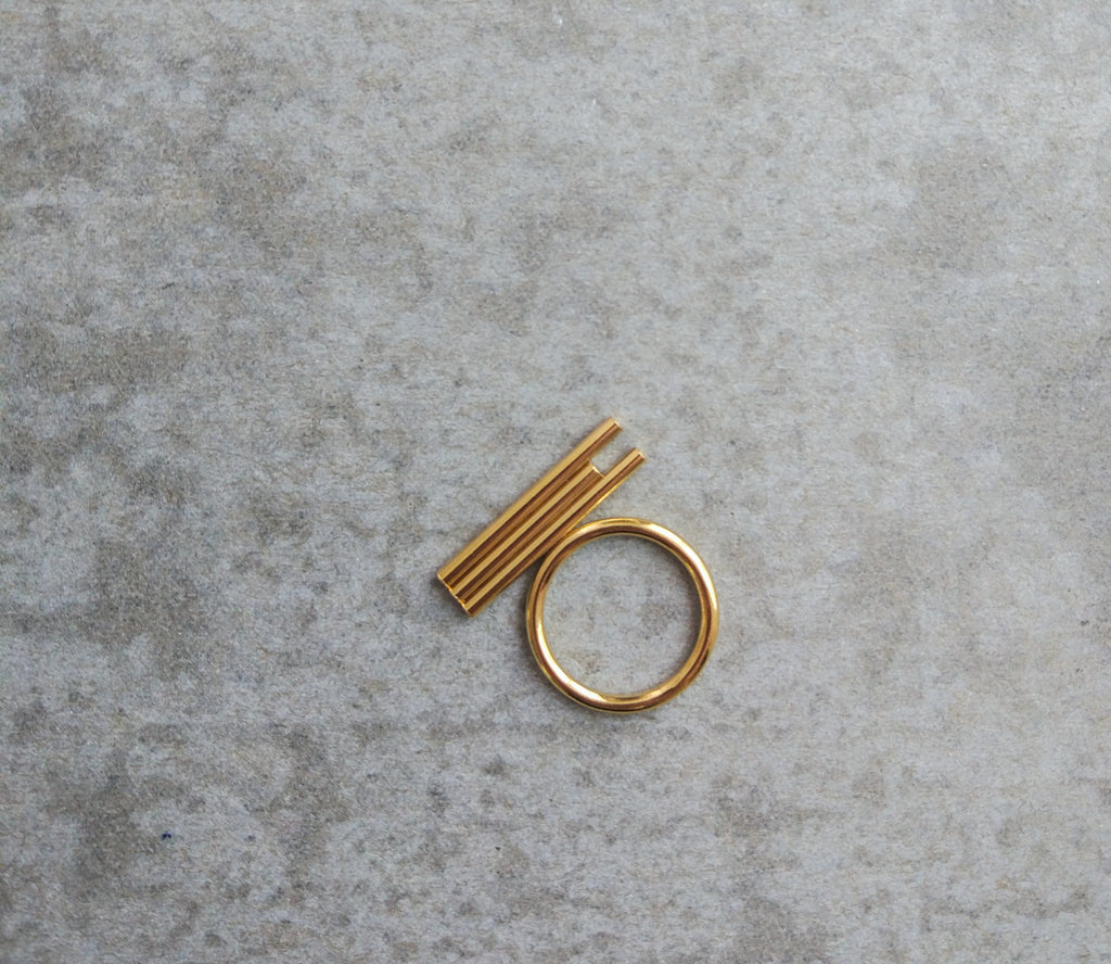 TRIPLE TUBE GOLD RING