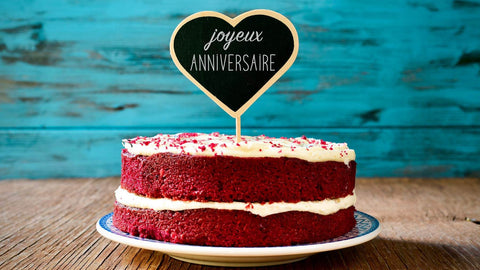 Round-Shape-Red-Velvet-Cake