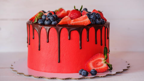 red-fondant-strawberry-cake