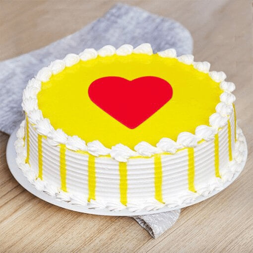 butter-scotch-cake-in-yellow-color