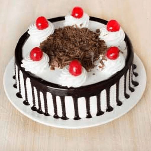 round-shape-black-forest-cake-cherry-on-top