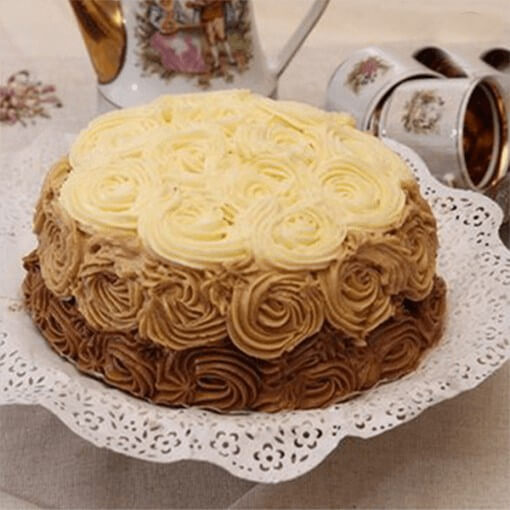 round-shape-rose-cake-with-two-layers