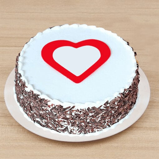 round-shape-heart-chocolae-cake