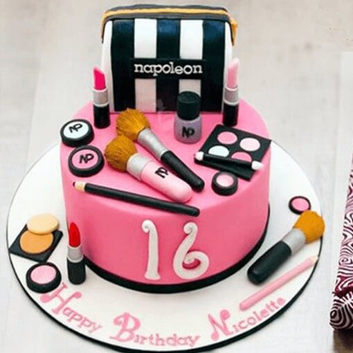 girlfriend-makeup-theme-cake-plaza