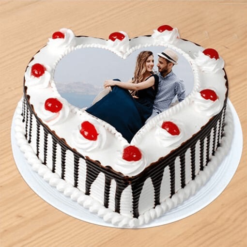 love-for-black-forest-cake-plaza