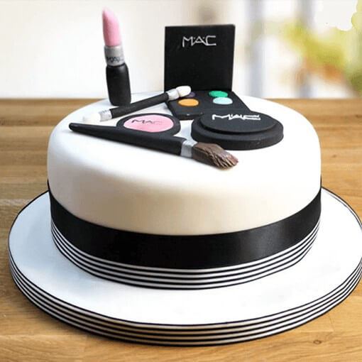 Makeup Girl Theme cake