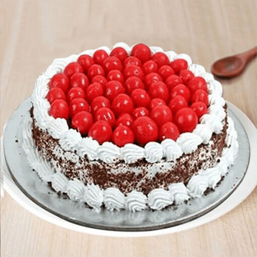 special-black-forest-cake-plaza