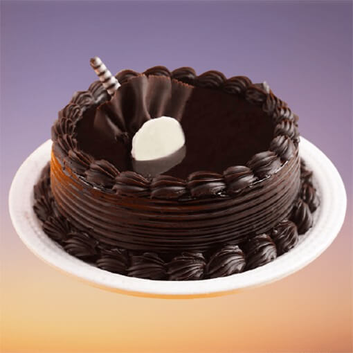 round-shape-chocolate-truffle-cake-with-hollow-dip
