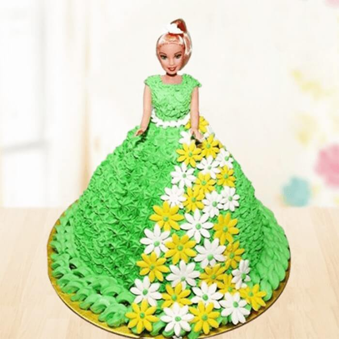 round-shape-green-wonder-doll-cake