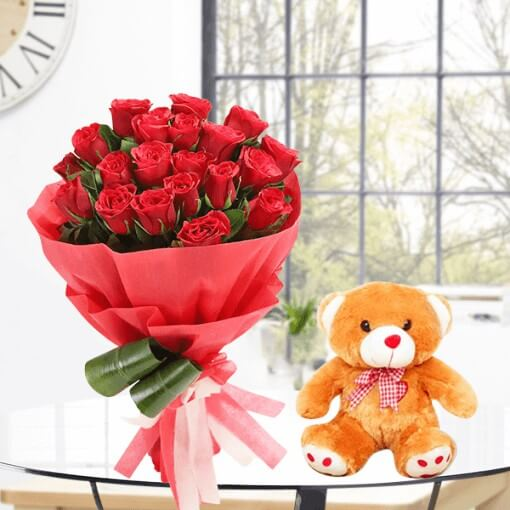 red-rose-bouquet-with-yellow-colour-teddy-bear