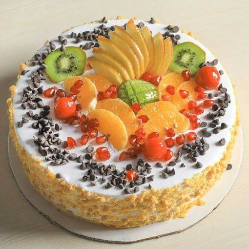 fruit-and-nut-cake-plaza