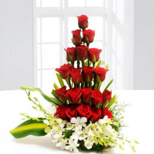 product-red-rose-orchids-cake-plaza