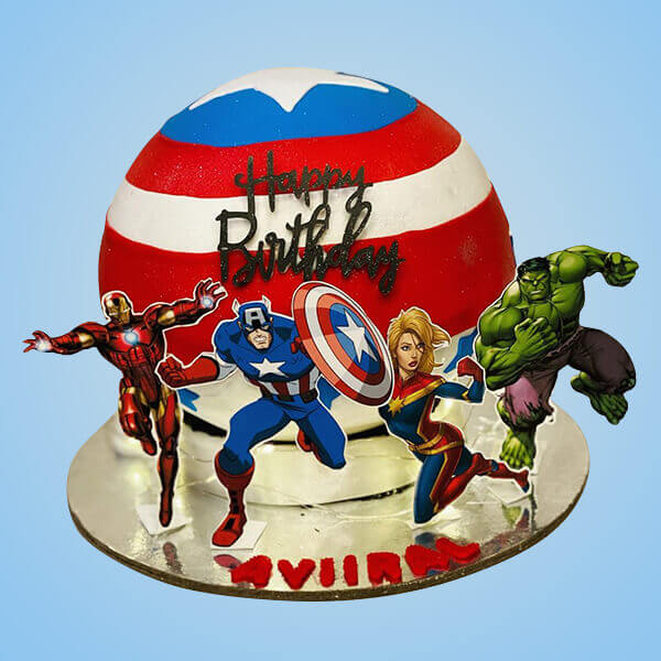 superheros-theme-design-pinata-cake-with-hammer
