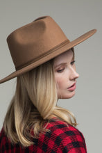 Load image into Gallery viewer, Pecan Wool Panama & Belt Trim Hat