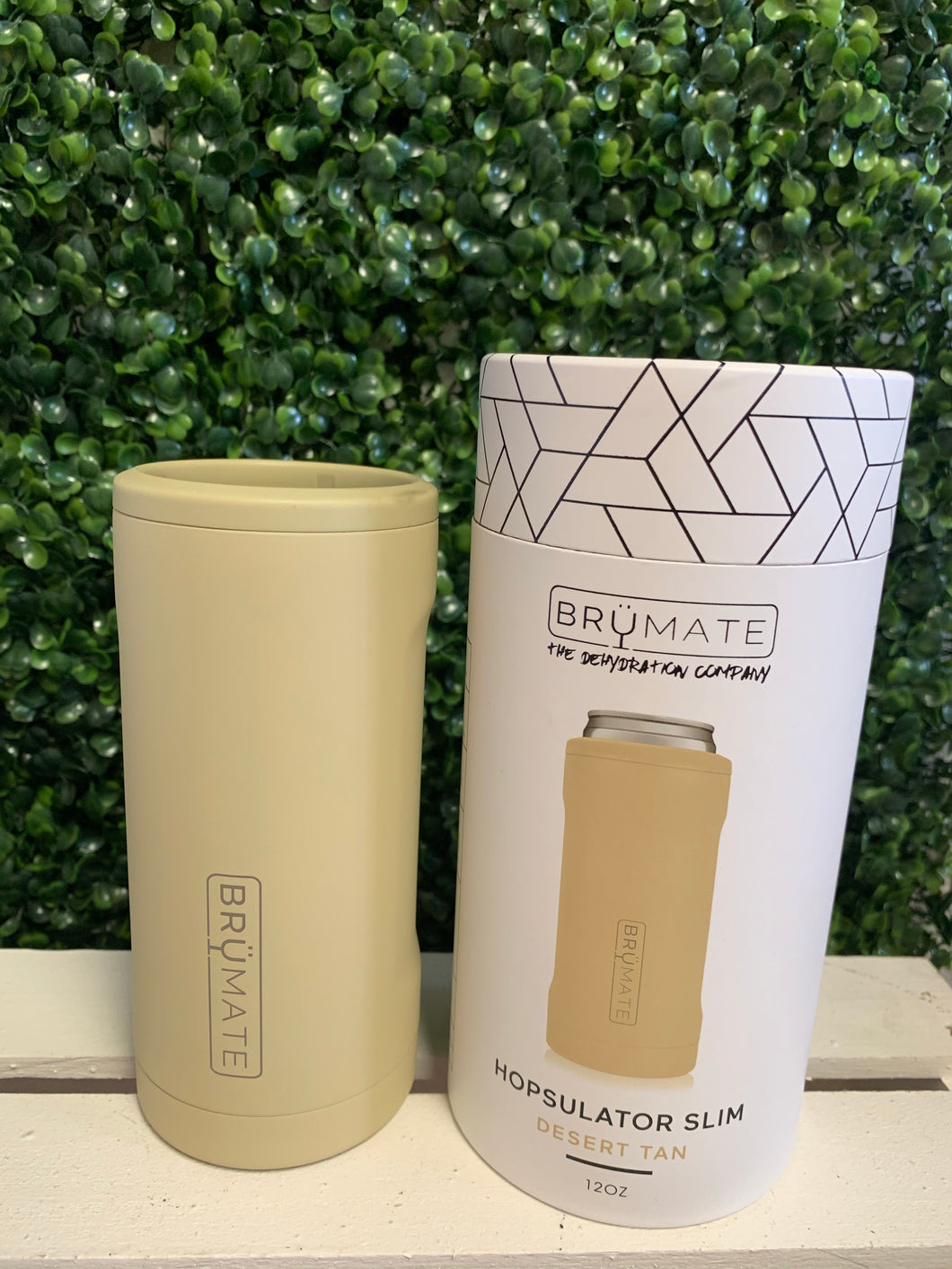 Brümate Hopsulator Slim Desert Tan 12 oz Slim Cans Only