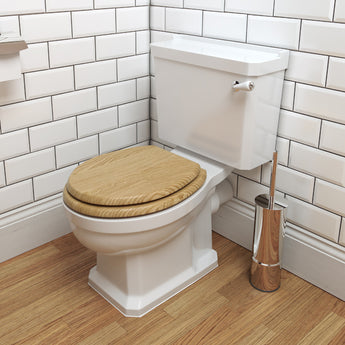 Wyndham Traditional Close Coupled Toilet & Cistern Inc Seat - GWP Bathrooms