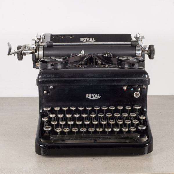 Antique Royal Typewriter c. 1930s
