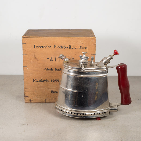 Argentinian Wax Steamer and Original Box c.1950