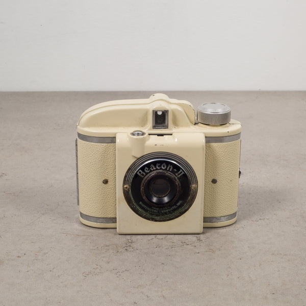 Beacon ll Bakelite Camera c.1940