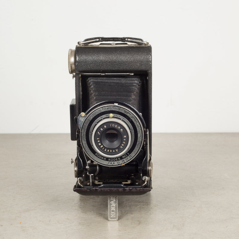 Antique Small Kodak Jr. Six-16 Series 3 Folding Camera c.1938